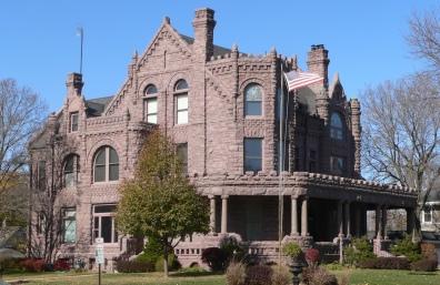 Peirce_Mansion